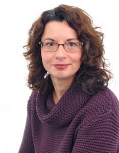 Dr. <b>Birgit Schwärzler</b> E-Mail: <b>birgit.schwaerzler</b>@tavt.de - edit_0001-233x300